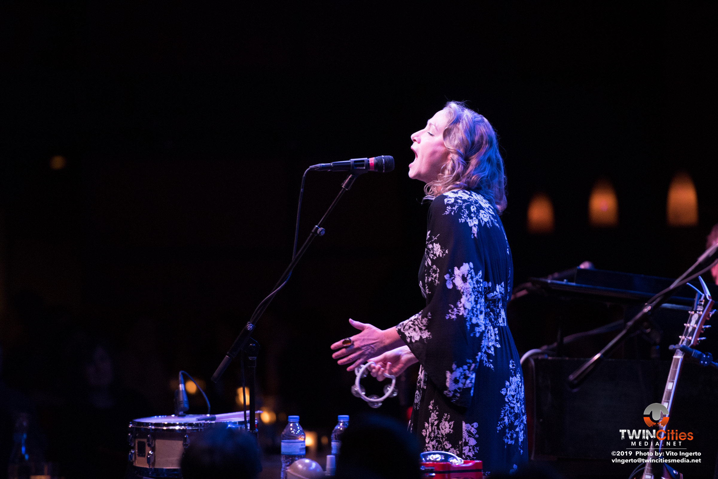 Joan-Osborne-2-of-16