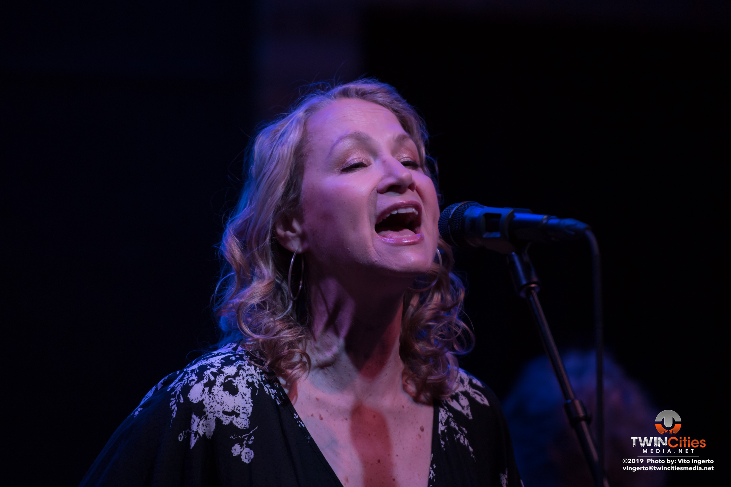 Joan-Osborne-3-of-16