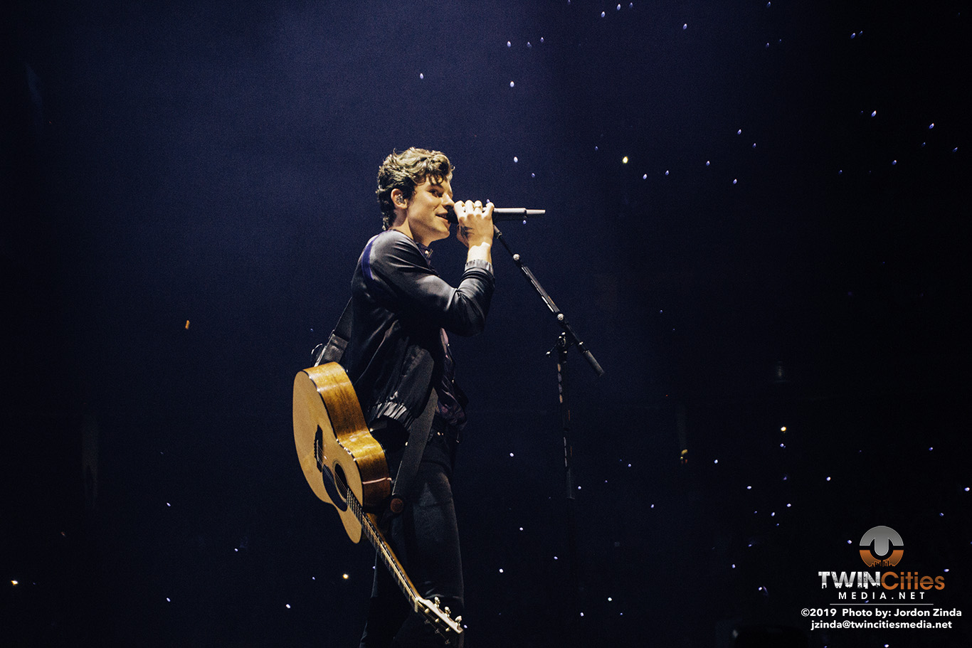 shawnmendes2