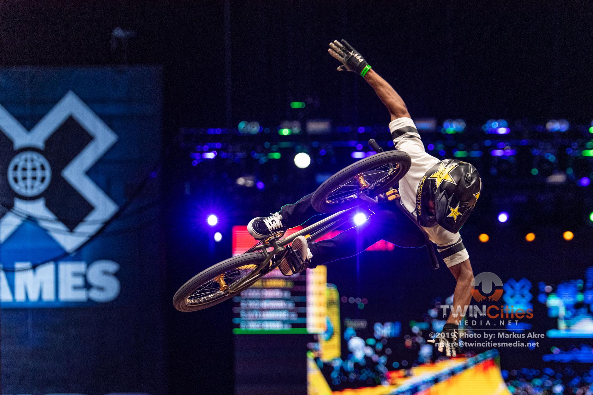 2019-X-Games-Day-1-BMX-Vert-12