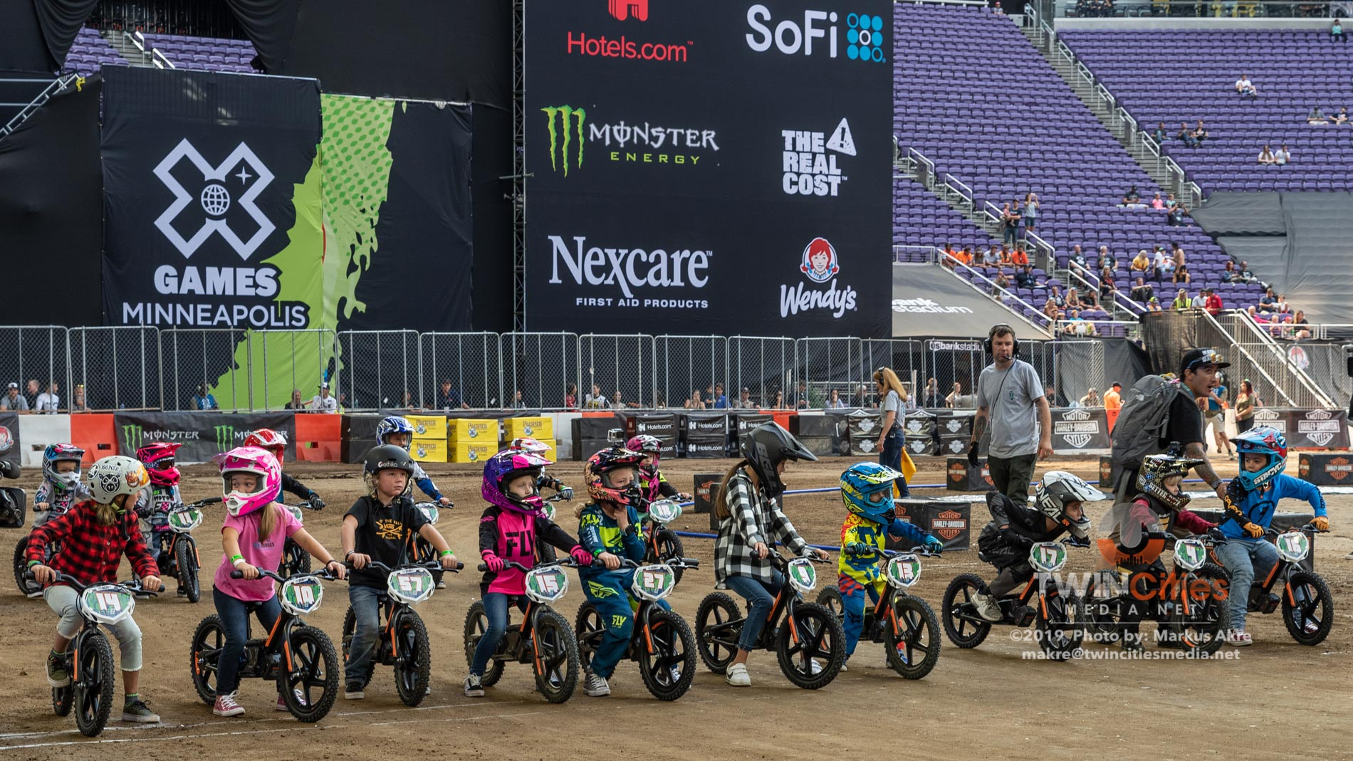 2019-X-Games-Day-4-Kid-Race-1