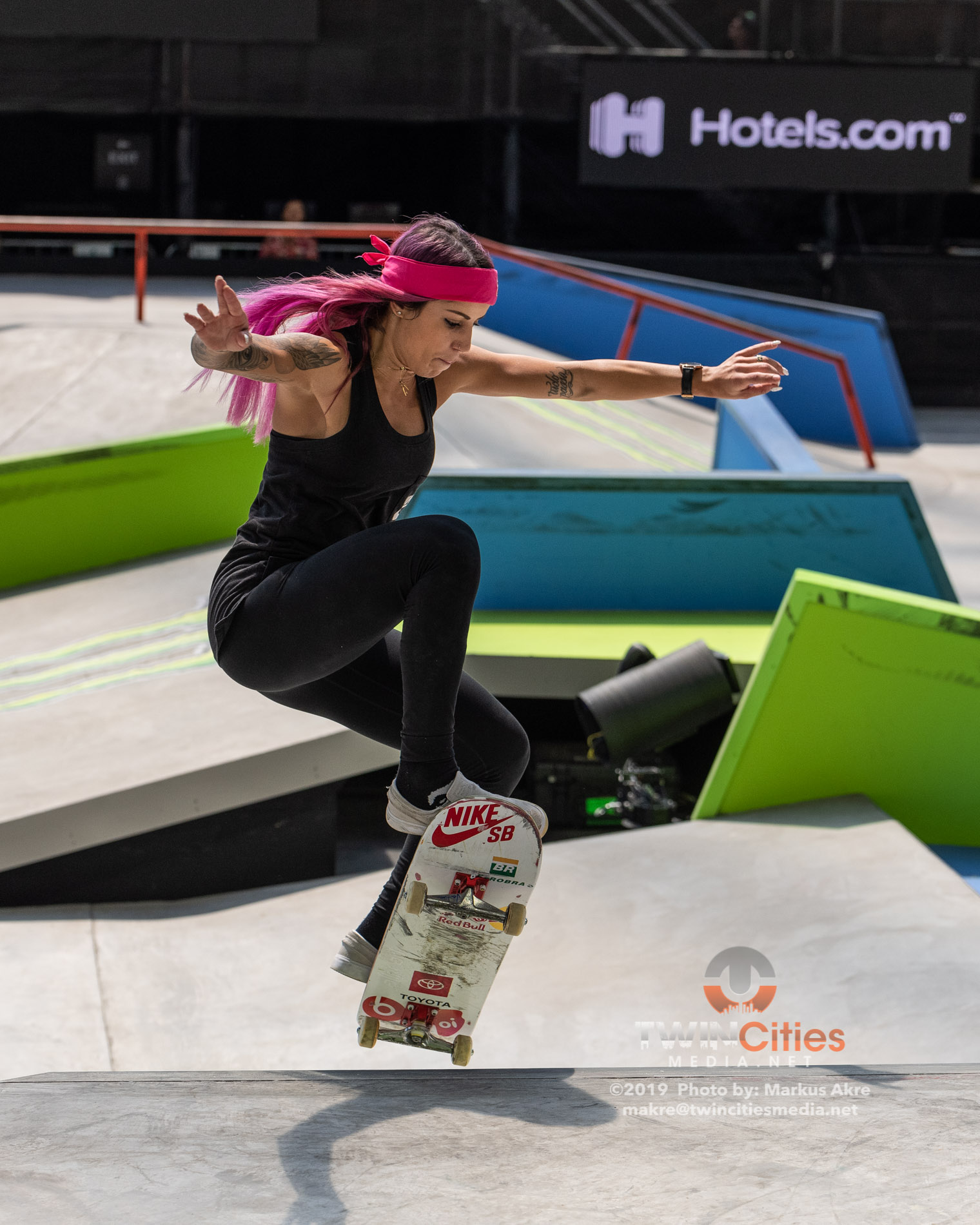 2019-X-Games-Day-4-Women-Skateboard-Street-12