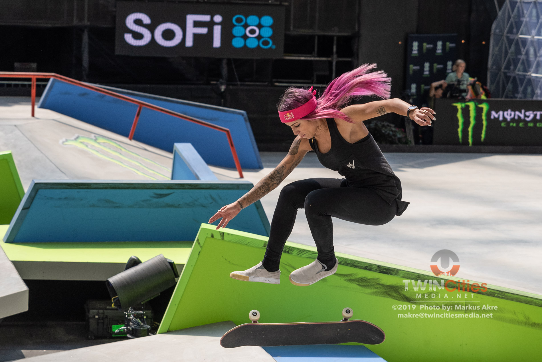 2019-X-Games-Day-4-Women-Skateboard-Street-13