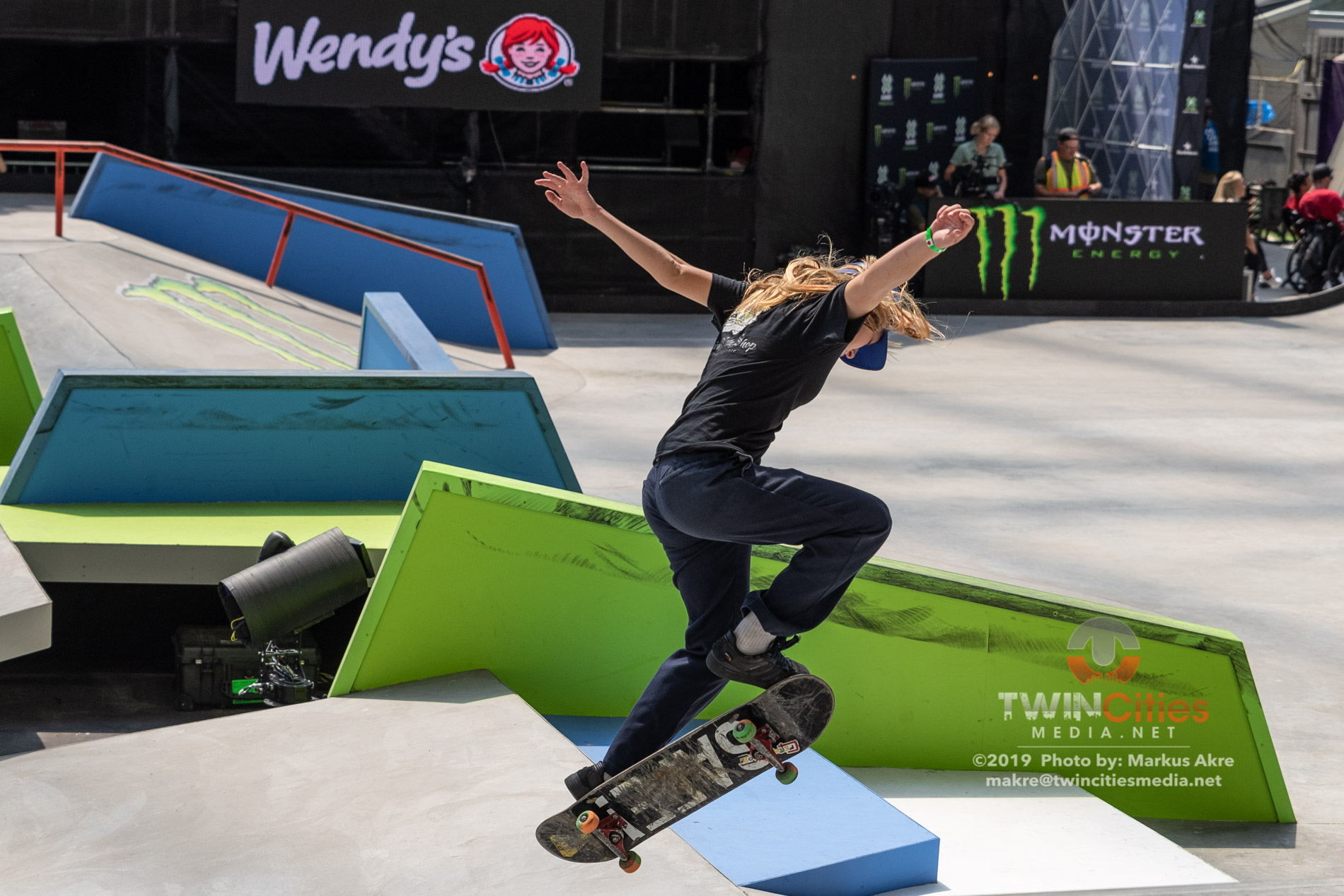 2019-X-Games-Day-4-Women-Skateboard-Street-14