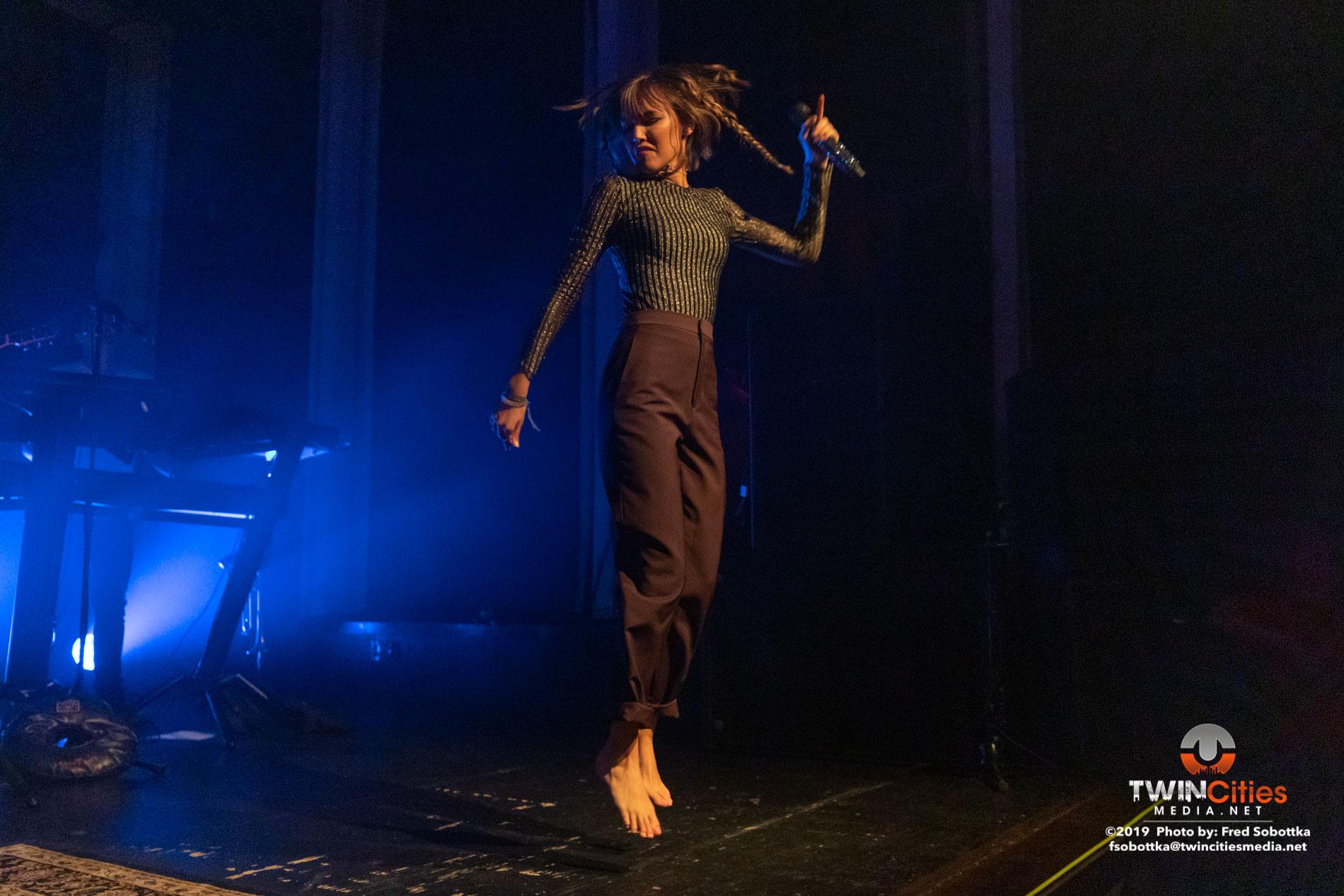 Grace-Vandewaal-09