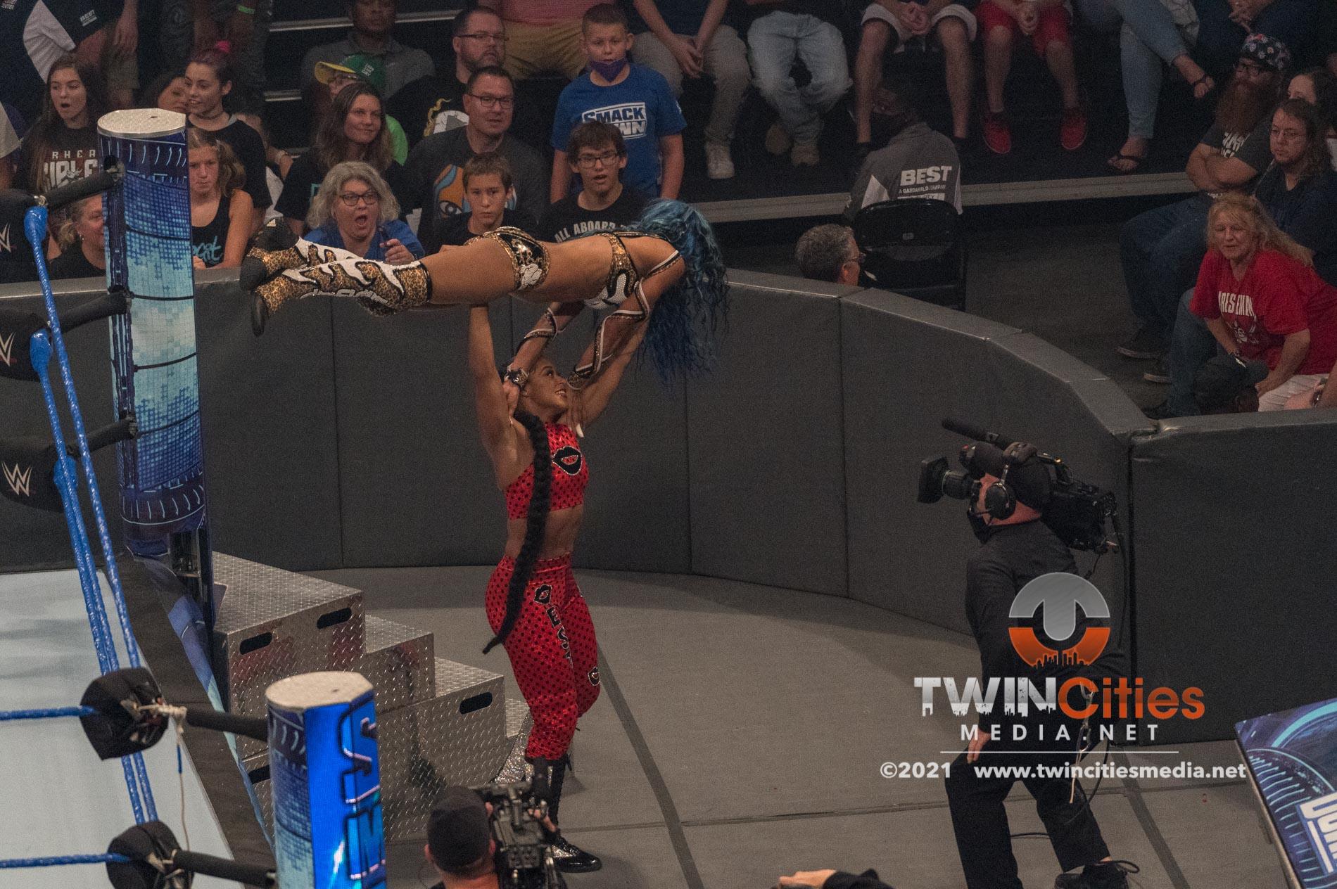 WWE-Friday-Night-Smackdown-15