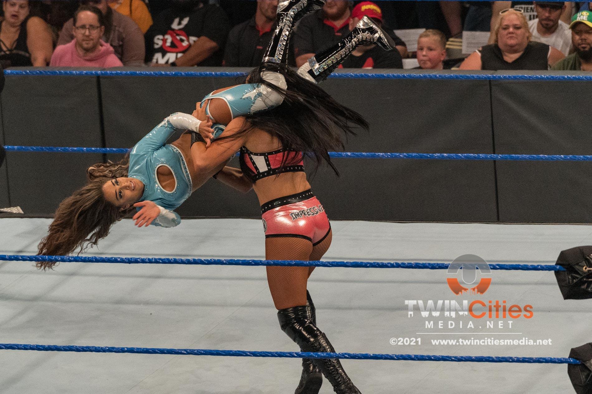 WWE-Friday-Night-Smackdown-3