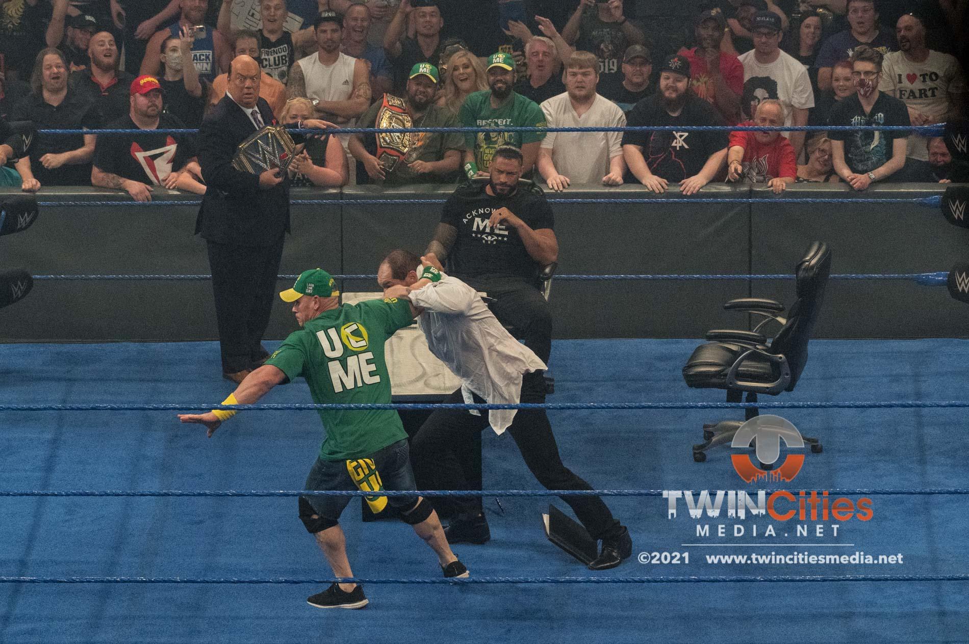 WWE-Friday-Night-Smackdown-9